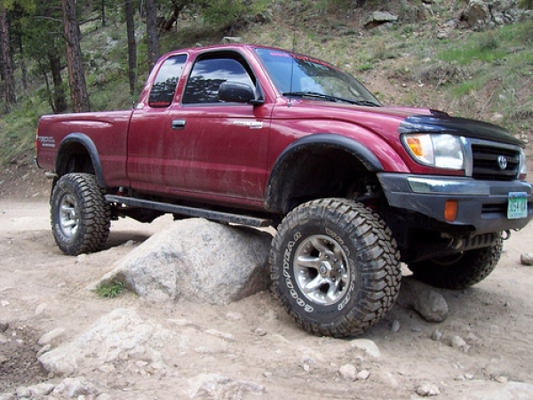 Looking for a Used Toyota Truck or SUV? These five tips will help you get an amazing truck!